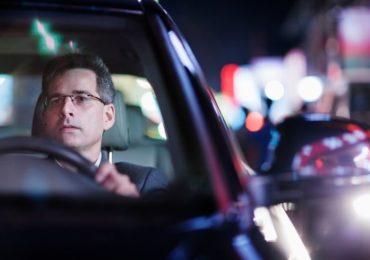 Guidare di notte senza difficoltà? Sì, con le lenti con trattamento Night Sight